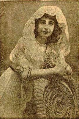 Aquesta imatge té l'atribut alt buit; el seu nom és 1914_Julia-Espana.jpg